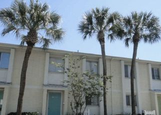 Pre Foreclosure in Tampa 33615 PALMERA POINTE CIR - Property ID: 1747893953