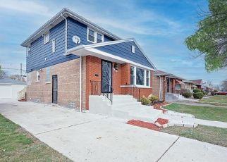 Pre Foreclosure in Chicago 60652 W 80TH PL - Property ID: 1748388415