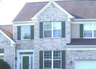 Pre Foreclosure in Lake In The Hills 60156 BARHARBOR DR - Property ID: 1748454997