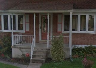 Pre Foreclosure in Reading 19605 ROOSEVELT AVE - Property ID: 1748495722