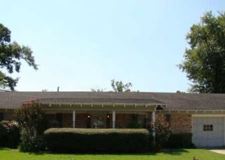 Pre Foreclosure in Beaumont 77707 FALSWORTH DR - Property ID: 1748741866