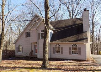 Pre Foreclosure in East Stroudsburg 18301 RIDGEWOOD DR - Property ID: 1749235456