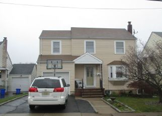 Pre Foreclosure in Belleville 07109 CHARLES ST - Property ID: 1749597215