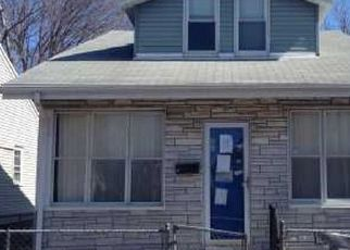 Pre Foreclosure in Bridgeport 06607 COWLES ST - Property ID: 1749630957