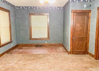 Pre Foreclosure in Omaha 68131 N 34TH ST - Property ID: 1749690508