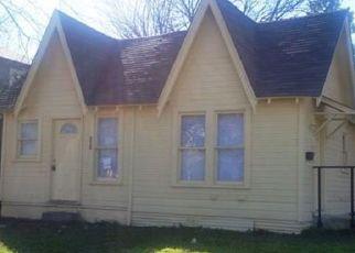 Pre Foreclosure in Cleburne 76031 N ROBINSON ST - Property ID: 1749753582