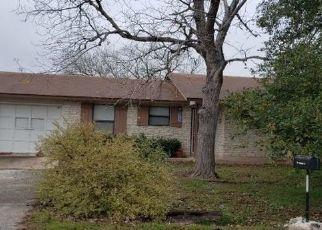 Pre Foreclosure in Jarrell 76537 HUNTCLUB DR - Property ID: 1749759718