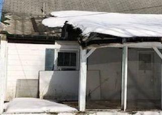 Pre Foreclosure in Windsor 13865 DEWEY RD - Property ID: 1749780739