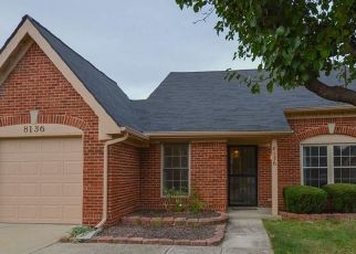 Pre Foreclosure in Indianapolis 46219 HERITAGE COMMONS DR - Property ID: 1750046589