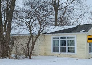Pre Foreclosure in Rochester 46975 W OLSON RD - Property ID: 1750062348