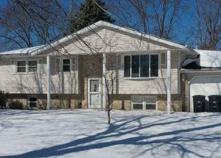 Pre Foreclosure in Portage 46368 ABERCORN AVE - Property ID: 1750078558