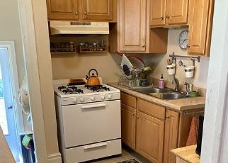 Pre Foreclosure in South Bend 46628 COLLEGE ST - Property ID: 1750079427