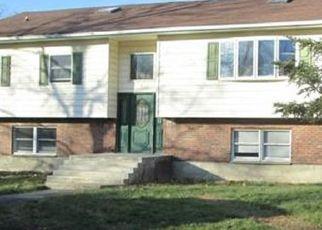 Pre Foreclosure in Wallkill 12589 KRYSTAL LN - Property ID: 1750087757