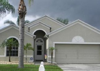Pre Foreclosure in Lutz 33559 BREEZY OAK CT - Property ID: 1750410544