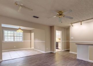 Pre Foreclosure in Tallahassee 32303 ROSEMARY TER - Property ID: 1750485880