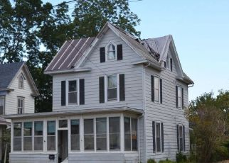 Pre Foreclosure in Crisfield 21817 W MAIN ST - Property ID: 1750546758