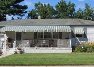 Pre Foreclosure in Northfield 08225 PASADENA DR - Property ID: 1750565139