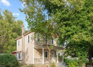 Pre Foreclosure in Oxford 07863 HENDERSON ST - Property ID: 1750857720