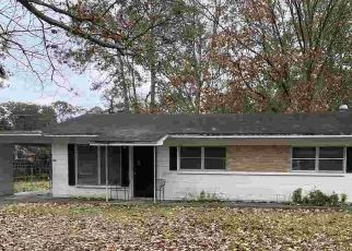 Pre Foreclosure in Gainesville 32609 NE 21ST AVE - Property ID: 1750904578