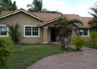 Pre Foreclosure in Miami 33187 SW 208TH ST - Property ID: 1750920339