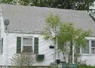 Pre Foreclosure in Bridgeport 06604 WOOD AVE - Property ID: 1751088526