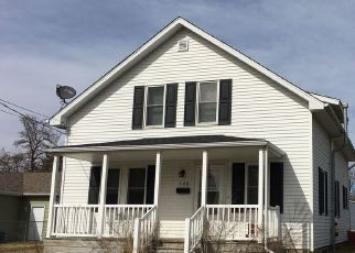 Pre Foreclosure in Girard 62640 W MILL ST - Property ID: 1751468690