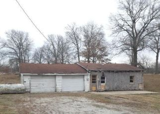 Pre Foreclosure in Taylorville 62568 E 1320 NORTH RD - Property ID: 1751576873