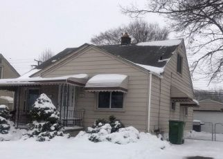 Pre Foreclosure in Southgate 48195 LONGTIN ST - Property ID: 1751865489