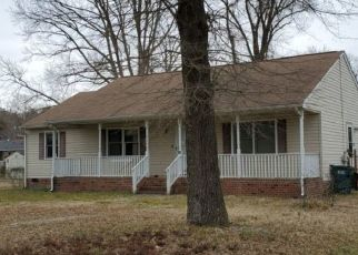 Pre Foreclosure in Richmond 23223 N VIRGINIA AVE - Property ID: 1751905791
