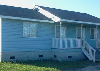 Pre Foreclosure in Engelhard 27824 RADAR RD - Property ID: 1752302591