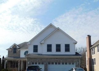 Pre Foreclosure in Lake Zurich 60047 LINDEN RD - Property ID: 1752670935