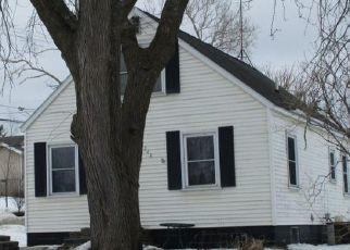 Pre Foreclosure in Cedar Rapids 52404 21ST AVE SW - Property ID: 1752741885