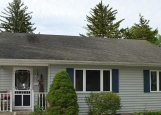 Pre Foreclosure in Fairmount 46928 W SECOND ST - Property ID: 1752757196