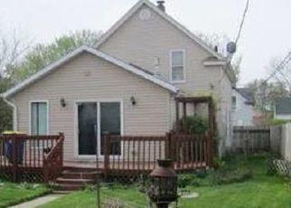 Pre Foreclosure in Mishawaka 46544 W 6TH ST - Property ID: 1752777795