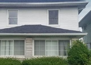 Pre Foreclosure in Indianapolis 46208 N CAPITOL AVE - Property ID: 1752802760