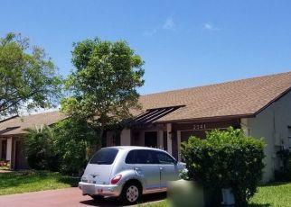 Pre Foreclosure in Deerfield Beach 33442 SW 17TH CIR - Property ID: 1752989326