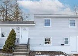Pre Foreclosure in Stamford 06902 CAMBRIDGE RD - Property ID: 1753945427