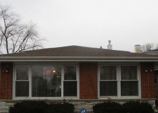 Pre Foreclosure in Dolton 60419 DREXEL AVE - Property ID: 1754169674