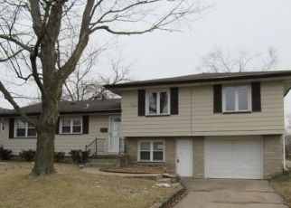 Pre Foreclosure in Peoria 61604 W NEWMAN PKWY - Property ID: 1754189374
