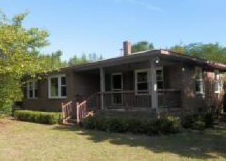 Pre Foreclosure in Hope Mills 28348 MYRTLE DR - Property ID: 1754401353