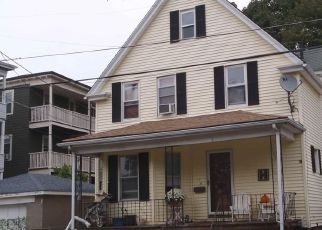 Pre Foreclosure in Medford 02155 PARK ST - Property ID: 1754413175