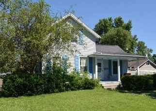 Pre Foreclosure in Marion 52302 10TH ST - Property ID: 1754474501