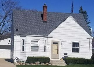 Pre Foreclosure in Port Huron 48060 ELECTRIC AVE - Property ID: 1754505599
