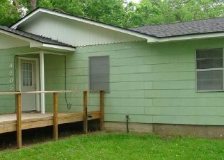 Pre Foreclosure in Bay City 77414 WALKER DR - Property ID: 1754562985