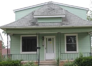 Pre Foreclosure in Wyandotte 48192 7TH ST - Property ID: 1754565149