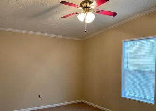 Pre Foreclosure in Scottsburg 47170 S SLATE FORD RD - Property ID: 1754700943