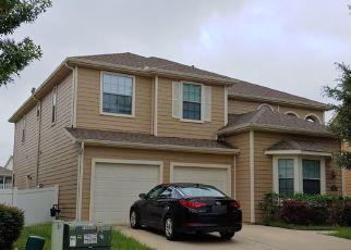 Pre Foreclosure in Aubrey 76227 COTTON EXCHANGE DR - Property ID: 1755204601