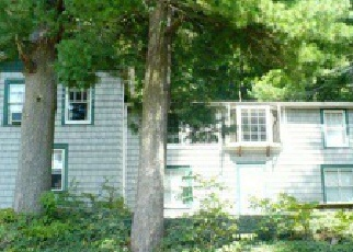 Pre Foreclosure in Reading 19605 OAK ST - Property ID: 1755892665