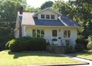 Pre Foreclosure in Pitman 08071 W JERSEY AVE - Property ID: 1755972818