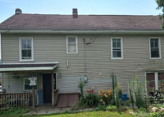 Pre Foreclosure in Liverpool 17045 S MARKET ST - Property ID: 1755983319